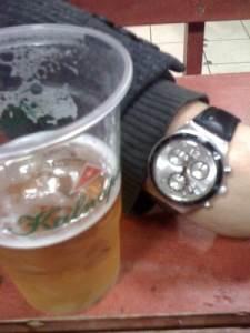 Po dešimtos valandos vakaro alkoholį parduoti galima tik kavinėse ir baruose. L. Valiuko nuotr.