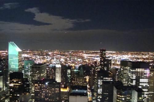 Šviesos Niujorke negęsta 24 valandas per parą, 7 dienas per savaitę. Ievos Šližiutės nuotraukos.