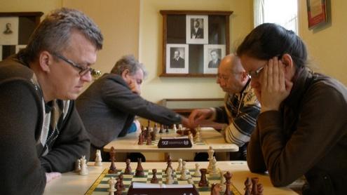 Šachmatų čempionatas reikalavo ir proto, ir ištvermės. Justės Ku nuotr.