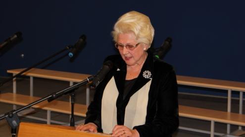 """Habil. dr. prof. Regina Koženiauskienė: ,,Grandinėmis ,,surakinta"""" mūsų gimtoji kalba negalėjo augti, buvo nustojusi visko, likusi tik vargšė nebylė kampininkė atimtuose nebe savo pačios namuose."""" Autoriaus nuotr."""