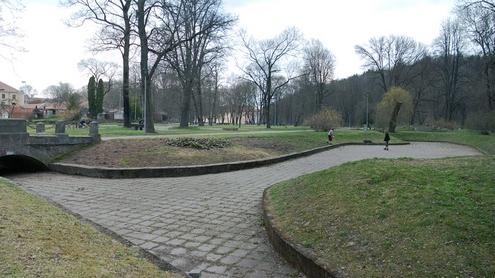 Parko tvenkiniai - sausi. Autoriaus nuotr.