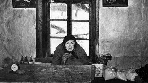 Pranė Ivanauskaitė iš Jaurų kaimo. 1983 m. Algimanto ir Mindaugo Černiauskų nuotr.