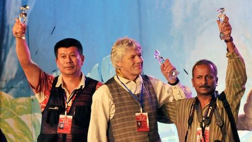 Apdovanojimų ceremonijoje (viduryje V. Daraškevičius). Asmeninio archyvo nuotr.