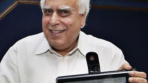 Indijos komunikacijos ir informacinių technologijų ministras Kapil Sibal. P. Reso nuotr.