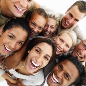 Taip šypsotis moka ir lietuviai. Nuotr. Shutterstock