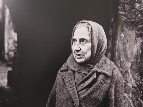 Aleksandra Jacovskytė Žydė M.Antokolskio (dab.Stiklių) gatvėje / 1967 m. balandžio 15 d.