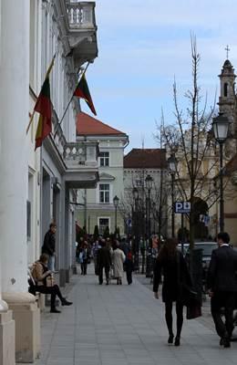 Praeiviai Vilniaus senamiestyje pasakojo, ką žino apie Turkiją (autoriaus nuotrauka)