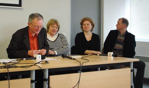 Diskusijos akimirka (iš kairės) – A. Antanaitis, V. Garunkštytė, K. Telyčėnaitė, Vytautas V. Landsbergis). Autorės nuotr.