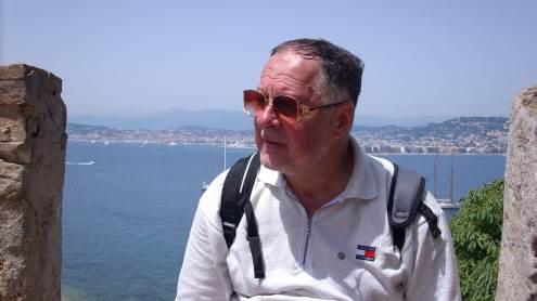 Jonas Kalinauskas interviu metu neslėpė savo aistros kelionėms. Čia poetas Nicoje. Asmeninio archyvo nuotr.