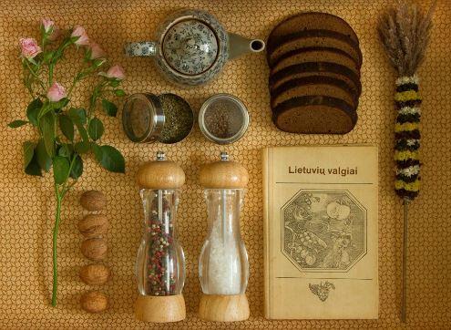 Lietuviškas maistas priartina užsieniečius prie mūsų kultūros. Pijaus Vėberio nuotrauka.
