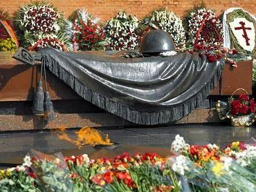 Gegužės 9-ąją tradiciškai pagerbti karo veteranai. Wikipedia nuotr.