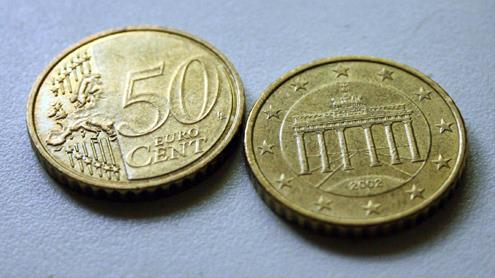 Vienoda euro monetos pusė – reversas ir skirtinga – aversas. Autorės nuotr.