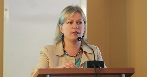 Naujoji VU Senato pirmininkė – prof. dr. Dainora Pociūtė-Abukevičienė. V. Jadzgevičiaus nuotrauka