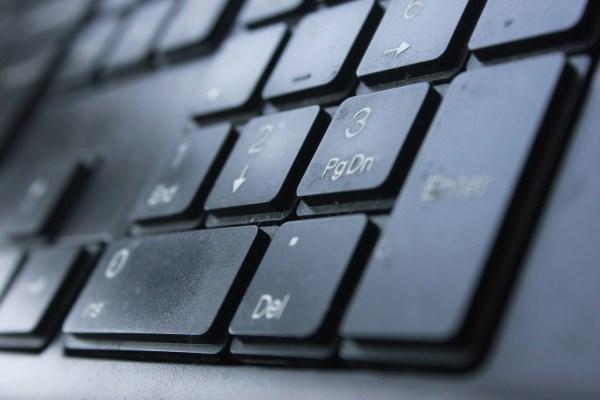 Leidus balsuoti internetu, piliečių balsų pirkimą gali tapti sunkiau kontroliuoti. Jolės Balaišytės nuotrauka