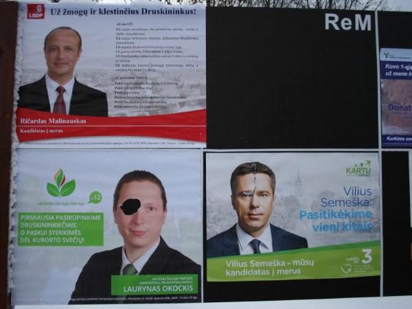 Druskininkuose niokojami ne visų kandidatų rinkiminiai plakatai. L. Okockio nuotr.