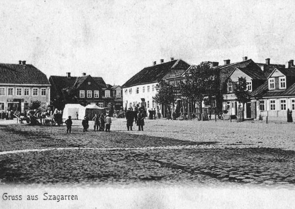 Turgaus aikštė 1910 m. Čia apsipirkti atvykdavo žmonės iš visos Lietuvos ir net Latvijos.