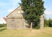 Tirkšlių miestelyje išlikusi medinė sinagoga (A. Mačiulytės)