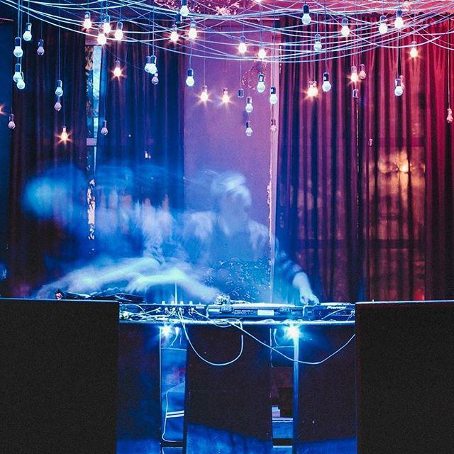 Vakarėliuose groja ir elektroninės muzikos naujokai, ir patyrusieji. @ign.as nuotrauka.