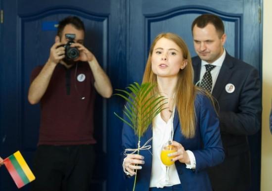 Kolegų palaikymą Ieva jau turi, bet iki auksinės palmės šakelės, laimėjus vietą Seime, dar šiek tiek trūksta.