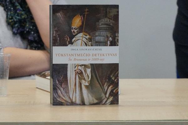 """Ingos Leonavičiūtės monografija """"Tūkstantmečio detektyvas: šv. Brunonas ir 1009-ieji"""". Autorės nuotr."""