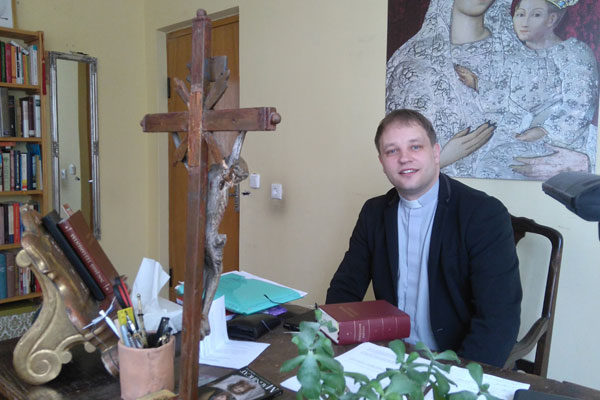 Krekenavos klebonas Gediminas Jankūnas. Autorės nuotr.