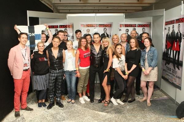 """Depeche Mode fanų klubo """"SATELLITES"""" susitikimas su grupe 2013 m. A. Kazlausko asmeninio archyvo nuotr."""
