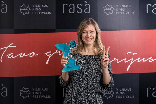 """Gabija Jaraminaitė """"Kino pavasario"""" apdovanojimų ceremonijoje. """"Kino pavasario"""" nuotr."""