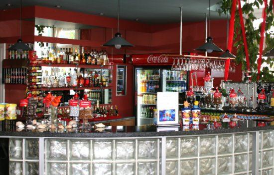 Kino teatre esanti kavinė. Autorės nuotr.