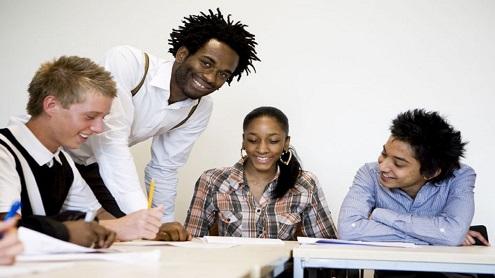 Studentai iš užsienio renkasi Vilniaus universitetą. Acteonline.org.nuotr.